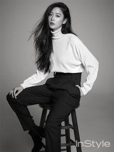 """李成敏 Clara Lee/koreanmodel: """"Clara by Ahn Joo Young for Instyle Korea Jan 2015 """" Female Portrait Poses, Portrait Photos, Clara Lee, Model Poses Photography, Business Portrait, Studio Posen, Book Modelo, Modeling Fotografie, Shotting Photo"""
