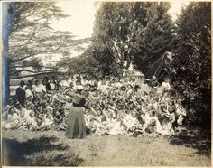 [Estelle Carpenter Teaching A Class In Golden Gate Park After The 1906 Earthquake And Fire] / [Graphic]. Grandmother's Day, San Francisco Earthquake, Temporary Housing, Music Week, All Locations, Golden Gate Park, Warehouses, Through The Looking Glass, Natural Disasters