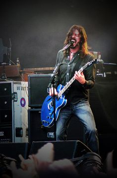 Dear Dave, please bring the Foo back longer enough so that I can see you live. Thank you.
