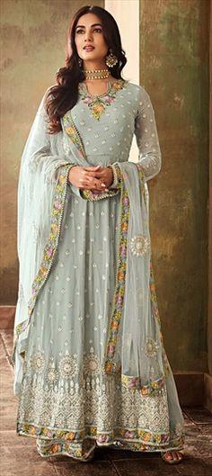 d7b3481277 53 Best Pakistani dresses images in 2019   Dress patterns, Girl ...