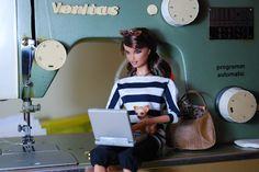 Nenca - zberateľské barbie a tvorba: Veritas šijací stroj a Angelica