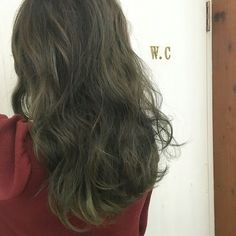 Ash Green Hair Color, Hair Colour, Pretty Hairstyles, Hair Trends, Diy Clothes, Dyed Hair, Hair Beauty, Long Hair Styles, Face