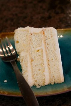 I can't wait to try this fantastic grapefruit cake. There is something so refreshing about grapefruit, and I've had good results with a lemonade layer cake, many moons ago.