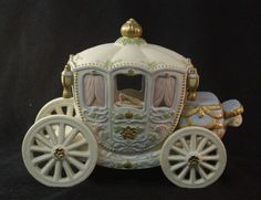 Lenox China Legendary Cinderella's Enchanted Princesses Coach Carriage Music Box