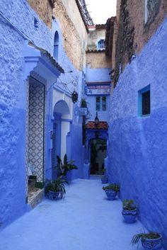 Para el lunes de hoy os traigo unaTraducción Turística del español al inglés. Son dos textos sobre los pueblecitos de Chaouen e Ifrane en Marruecos. Aquí tenéis el texto original y aquí mi tradu...