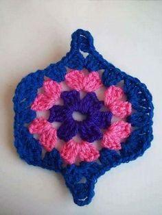 Ravelry: Project Gallery for Mystical Lanterns Blanket pattern by Jane Crowfoot Crochet Afghans, Crochet Motifs, Crochet Blocks, Crochet Flower Patterns, Crochet Stitches Patterns, Crochet Flowers, Point Granny Au Crochet, Granny Square Crochet Pattern, Crochet Diagram