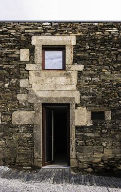 hotel in the douro vineyards | door ~ ricardo carvalho _ joana vilhena arquitectos