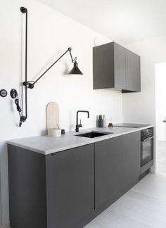 60 Awesome Scandinavian Kitchen Decor and Design Ideas - InsideDecor Modern Interior Design, Interior Design Kitchen, Kitchen Designs, Scandinavian Kitchen Renovation, Rustic Kitchen, Kitchen Decor, Kitchen Ideas, Kitchen Modern, Nordic Kitchen