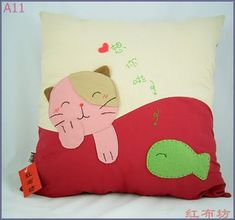 gato pillow by flavia_sm1963, via Flickr