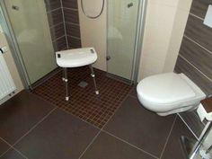 Jetzt ist genügend Platz nach der Sanierung im Bad