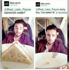 Awww Liam ia so cute❤❤
