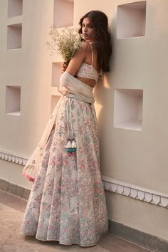 Indian Fashion Trends, Indian Fashion Dresses, Ethnic Fashion, Indian Gowns, Indian Attire, Indian Wear, Indian Wedding Outfits, Bridal Outfits, Indian Outfits