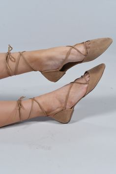 lace_up_taupe_main