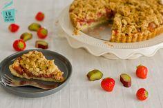 Rabarber aardbeien kruimeltaart - Uit de pan van San