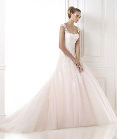 Vestidos de noiva da coleção Glamour 2015 - Pronovias