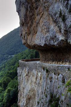 Les Grands Goulets  An epic road in a beautiful park.    Les Barraques-en-Vercors,Rodano-Alpes,France