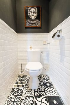 Toilettes – Carrelages Discount  BUT I WOULD MAKE THE FLOOR CONSISTENT...
