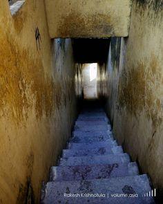 Up or Down ? Golkonda Fort Hyderabad VOLUME | http://volume.asia #travel #traveling #vacation #visiting #instatravel #instago #instagood #trip #holiday #photooftheday #fun #travelling #tourism #tourist #instapassport #instatraveling #mytravelgram #travelgram #travelingram #igtravel @volume.asia #reflectinggrowth #volumeasia @copyrightindia #IndiaPictures #India_Gram #hyderabad #india By Rakesh Krishnotula Follow on IG : rakesh.krishnotula Production : volume.asia