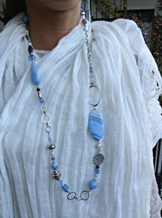 Collana lunga in agata azzurra: Zefiro