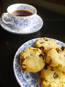 Annie's Hungry: Vegan Chocolate Chip Cookies
