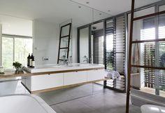 WAN INTERIORS:: Avoca Holiday House by Architecture Saville Isaacs Pty Ltd in Gosford (Sydney), Australia