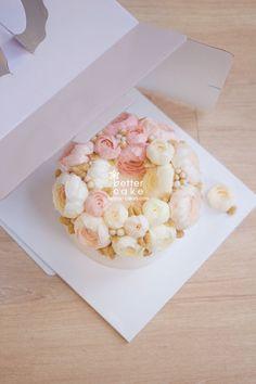 Done by student from Japan (베러 정규클래스/Regular class) www.better-cakes.com  #buttercream#bettercake#베이킹#baking#peony#like#버터크림케이크#베러케익#koreancake#flowers#생일케익#sweet#플라워케이크#foodporn#birthday#wedding#디저트#foodie#dessert#버터크림플라워케이크#follow#food#koreanbuttercream#beautiful#flowerstagram#instacake#작약#꽃스타그램#베이킹클래스#instafood#
