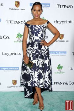 Kerry Washington attends the 2014 Baby2Baby Gala at The Book Bindery in Culver City, California in an Oscar de la Renta dress paired with a Cole Haan clutch, Tiffany & Co earrings, and Christian Louboutin 'Justinodo' pumps.