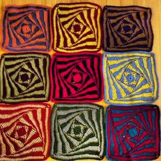 Ravelry: Project Gallery for On the Huh Crochet Square pattern by Jacqui Goulbourn (free pattern) Crochet Afghans, Crochet Squares Afghan, Crochet Square Patterns, Crochet Motifs, Crochet Blocks, Crochet Stitches Patterns, Granny Squares, Spiral Crochet Pattern, Crochet Granny