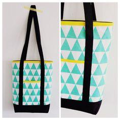 En dit werd 'm dan, de #tas! #totebag #sewing Met stof van de #zeeman. :-) Instagram: annabel81