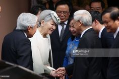 Japan's Emperor Akihito (L) and Empress Michiko (2-L) bid farewell to Vietnam's Communist Party General Secretary Nguyen Phu Trong (R) his wife Ngo Thi Man (2-R) after a tea ceremony in Hanoi March 3, 2017. The 83-year-old Japanese emperor Akihito and his wife, Michiko, are on their first visit to Vietnam, the latest in a series of trips to former battlegrounds. /