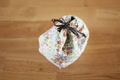 Handmade drawstring lunch box bag, handbag, small bag