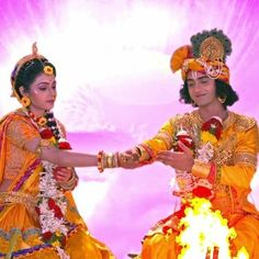 Image may contain: one or more people, people standing and people on stage Radha Krishna Quotes, Radha Krishna Pictures, Radha Krishna Photo, Krishna Photos, Krishna Art, Radhe Krishna, Lord Krishna Wallpapers, Radha Krishna Wallpaper, Doraemon Wallpapers