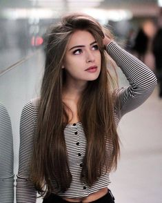 53 Amazing and Unique Hairstyles for Summer for Girls – Page - Hair Styles Cute Girl Photo, Girl Photo Poses, Girl Poses, Poses For Girls, Unique Hairstyles, Straight Hairstyles, Hairstyle Ideas, Girl Hairstyles, Sporty Hairstyles