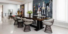 High End Living: Μια κατοικία στο Πανόραμα της Θεσσαλονίκης που φλερτάρει με την υψηλή αισθητική Wardrobe Rack, Interior Design, Table, Furniture, Home Decor, Nest Design, Decoration Home, Home Interior Design, Room Decor