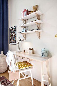 Ikea Linnmon Hilver Table White Bamboo In 2020 Ikea Small Desk, Ikea Desk, Small Desks, Work Desk Decor, Cute Desk Decor, Desk Setup, Bookcase Desk, Ikea Billy Bookcase, Ladder Desk