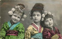 Tinted Photo Three Little Girls in Asian Costume mailed 1907 printed in San Francisco.