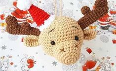 This cute crocheted elk head ornament is the perfect size of hanging on your Christmas tree. To create this amigurumi elk you need Jeans yarn and mm crochet hook, Crochet Christmas Garland, Snowman Christmas Ornaments, Christmas Crochet Patterns, Christmas Decorations To Make, Christmas Gnome, Christmas Bells, Crochet Penguin, Crochet Deer, Crochet Snowman
