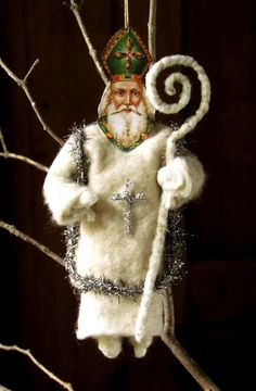 Just a few pictures of some of the new ornaments before the show this weekend. vintage look. Krampus (so much better . Victorian Christmas Ornaments, Irish Christmas, Shabby Chic Christmas, Antique Christmas, Xmas Ornaments, How To Make Ornaments, Christmas Art, Christmas Tree Decorations, Handmade Market
