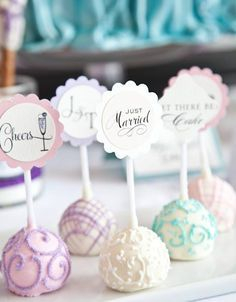 Friday Freebie : Dessert Toppers for Cake Pops, Cupcakes + more - Brenda's Wedding Blog