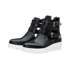 MENTA 1 !! Ανοιξιάτικα ankle boots σε μαύρο χρώμα, με ανοίγματα στο πλάι για τις στυλάτες εμφανίσεις σας !! Biker, Footwear, Wedges, Spring 2015, Boots, Sneakers, Happy, Women, Fashion