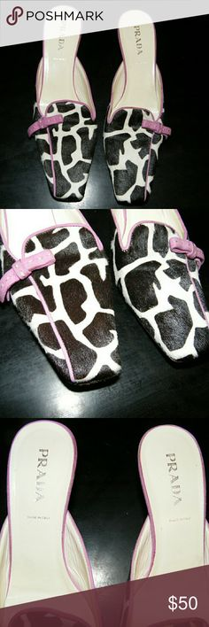 Authentic PRADA vintage black and white square toe Well used vintage prada square toe heels Black and White giraffe print Size 38 1/2 Feel free to ask questions! Prada Shoes Heels
