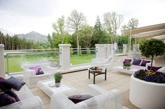 Win a luxurious Easter break at the 5 star Powerscourt Hotel Resort & Spa worth Simply answer the question, fill in your details and don't forget to share the promo post by using the sharing icons at the bottom of the page. Easter Breaks, Hotel Stay, 5 Star Hotels, Resort Spa, Travel Usa, Countryside, Travel Destinations, Home And Garden, Patio