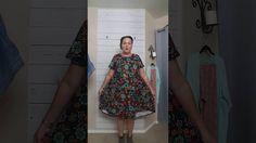 How To Wear an Oversized LuLaRoe Carly