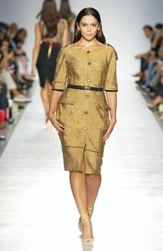 I think Elena Miro needs to get some models who are actually plus size for her runway shows. This is just a regular model to me, and gives no idea of what the clothing would look like on a woman of big proportions.