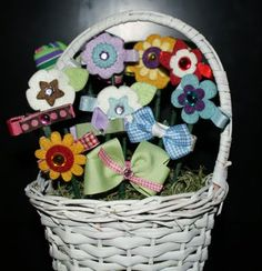 Cute birthday present for girls...basket of hair bows