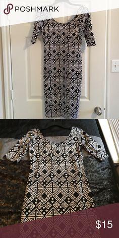 9fe0d51c4fe3e3 Black and white Print midi dress Worn Once