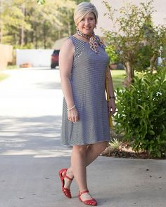 Reposting @savvysouthernchic: Another fun way to wear a striped dress! Happy Friday!  #instastyle #igstyle #igfashion #fashiondiaries #currentlywearing #todaysoutfit #styleoftheday #mylook #fblogger #lookoftheday #ootdshare #whatimwearing #fblog #ootdsubmit #fashiongram #styleblogger #fashionpost #outfitpost #outfitoftheday #realoutfitgram #whatimwearingtoday #instaoutfit #stylediaries