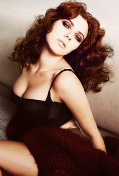 Scarlett Johansson by Mario Sorrenti - Vanity Fair Italy November 2011