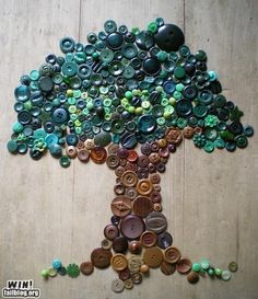 I think this is cool- a button tree-It's Written on the Wall: Can You Really Dye Buttons For your Craft Projects? Yes you Can! This link takes you to all kinds of cool button craft links. Crafts To Do, Crafts For Kids, Arts And Crafts, Tree Crafts, Decor Crafts, Cuadros Diy, Art Diy, Art Mural, Wall Art