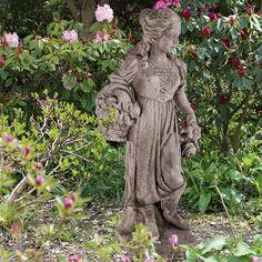 Gartenfigur 'Frühling': Vier-Jahreszeiten-Figuren. Antikisierter, frostfester Steinguss. - gefunden auf www.country-garden.de